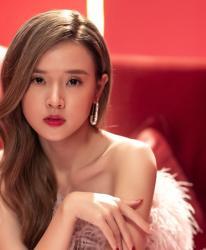 Vì sao Midu ra MV trùng ngày đính hôn với thiếu gia Phan Thành 5 năm trước?