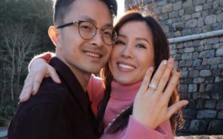 """""""Hoa hậu 3 con"""" Thu Hoài được tình trẻ cầu hôn bằng nhẫn kim cương """"siêu khổng lồ"""", sao Việt ngưỡng mộ"""
