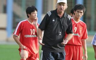 Cựu huấn luyện viên của đội tuyển Việt Nam - Alfred Riedl qua đời ở tuổi 71