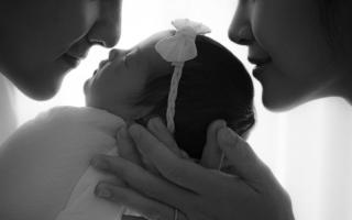 Đông Nhi chia sẻ xúc động nhân kỷ niệm 1 năm ngày cưới, chính thức tiết lộ tên khai sinh của con gái