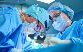 Phẫu thuật ung thư phổi: Cần làm gì để giảm nguy cơ biến chứng?